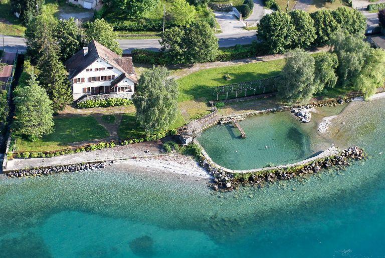 Vente Villa Pieds Dans L Eau Lac Leman